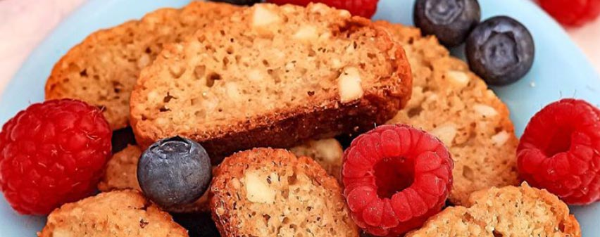 Lowcarb Cantuccini mit Obst